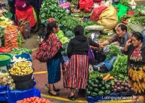 Guatemala-Chichicastenango-marché